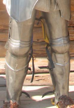 Ноги латные рыцарские, пара.