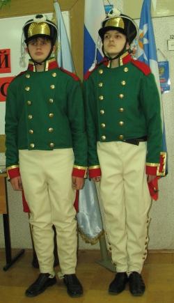 Комплекты формы кадета Александровского кадетского корпуса времен Отечественной войны 1812 года.