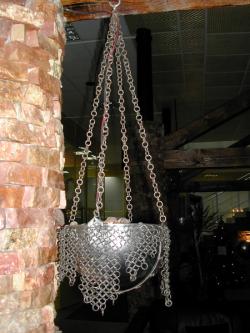 Светильник с средневековом стиле