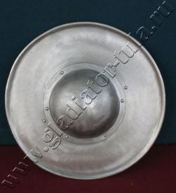 Щит стальной - Баклер, круглый, плоский.